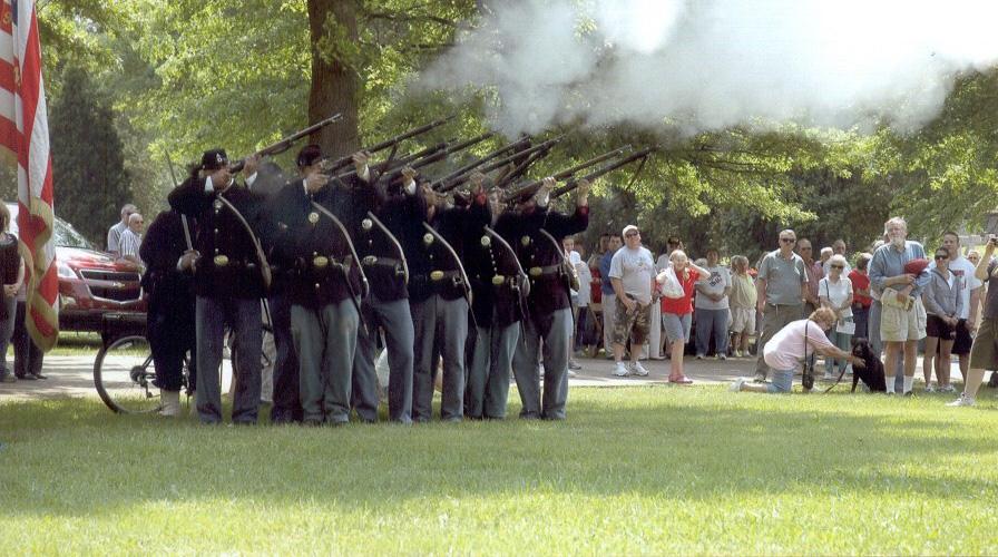 Bridgeville Memorial Day Parade - Civil War Salute